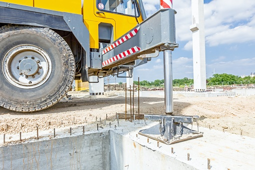 How to Improve Your Mobile Crane Safety