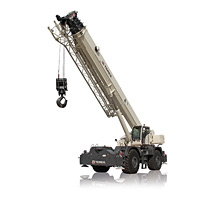 Picking a Rough Terrain Crane for Versatility